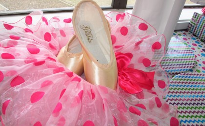 Ballet/Pointe Shoes